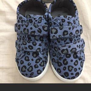 Size 11 toddler girl Carter's sneaker NWT